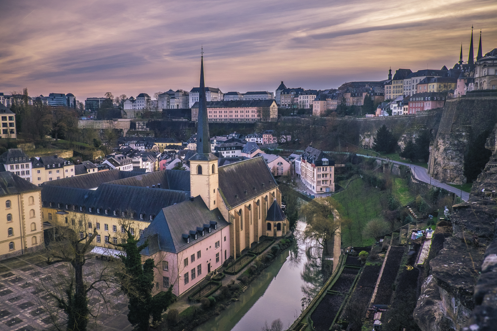 Prochains cours d'initiation au luxembourgeois (24 heures)